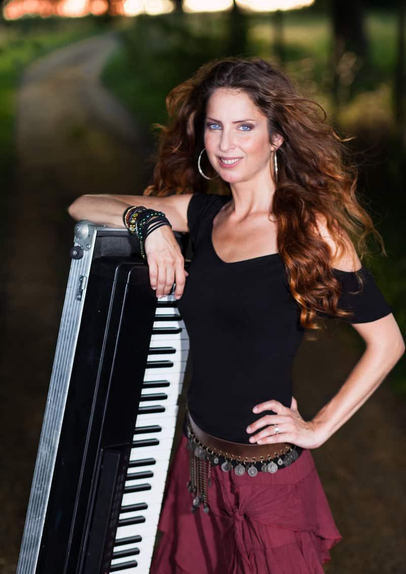 "Omnitah  ""Stark … Solo am Klavier"" Tournee 2016"